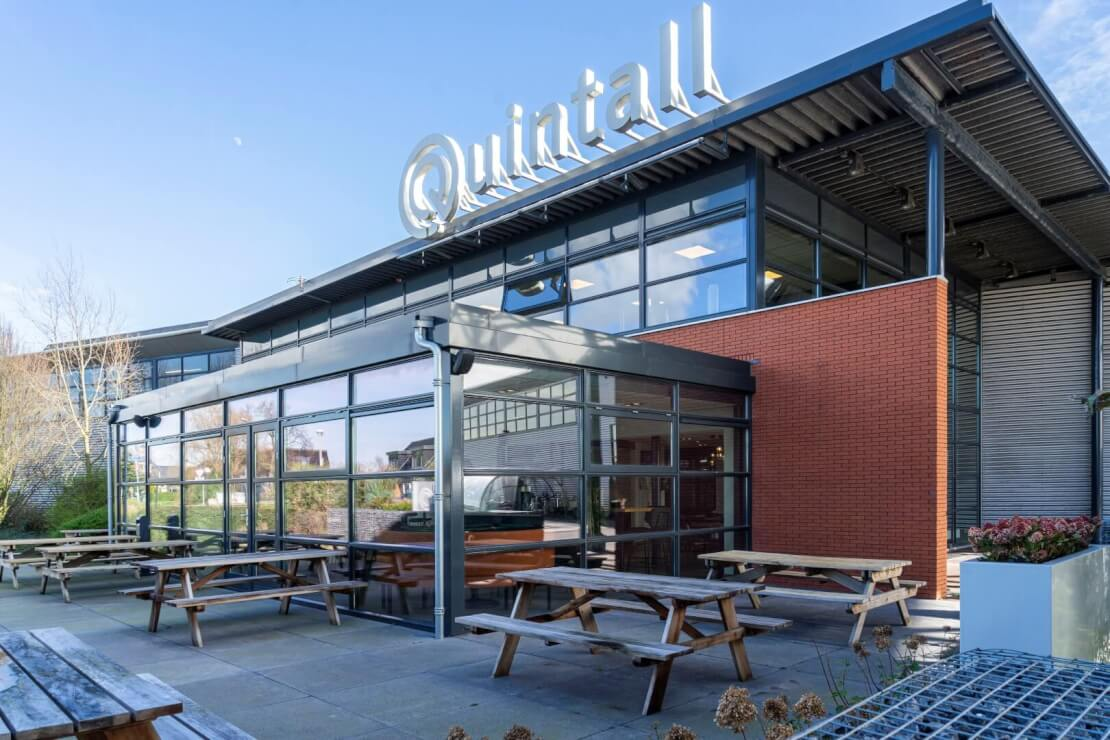 A Quintall Wubben.Chan architecten Large