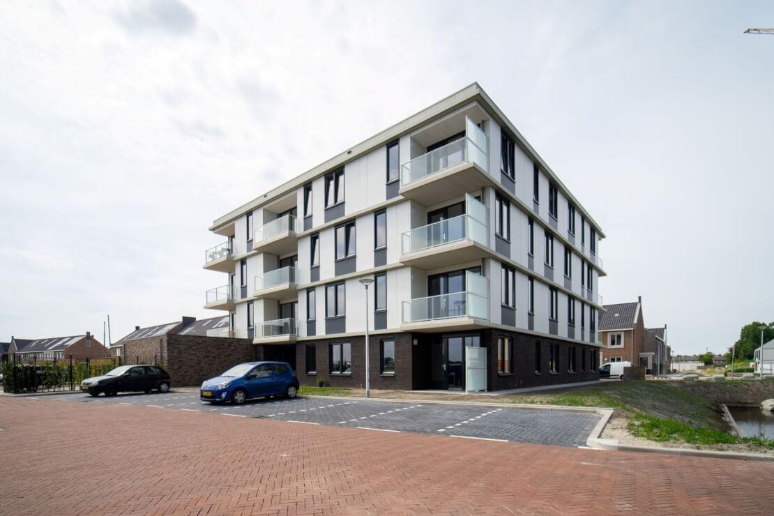 A Appartementencomplex Rijnvaart s Gravenzande Wubben.Chan architecten Large